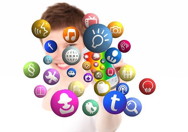 Social Media Icons ermöglichen den Schritt in die virtuelle Welt